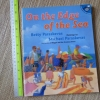 On the Edge of the Sea (Paperback)