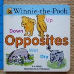 Winnie-the-Pooh: OPPOSITES (Board Book)