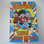 The Beano: 75 Years of Laughter Joke Book