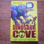 Dinosaur Cove 2 : Charge of the Three-horned Monster