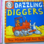 Dazzling Diggers (Book and CD)