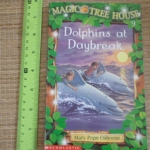 Magic Tree House 9: Dolphins At Daybreak