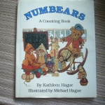 Numbers: A Counting Book