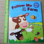 Follow Me on the Farm (Giant Fold-Out Flaps)