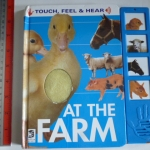AT THE FARM (Touch and Feel/ Audio)