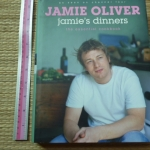 Jamie's Dinners: The Essential Cookbook (Hardback)