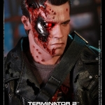 Hot Toys DX13 Terminator T2 T-800 Battle Damaged version 1/6 Sacle NEW