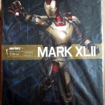 Hot Toys PPS001 Iron Man MARK XLII 1/6 Scale Power Pose figure Iron Man 3 NEW