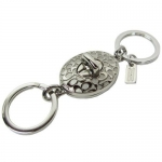 พวงกุญแจ Coach F92813 SV/SV Embossed Signature C Turnlock Valet Key Ring
