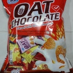 TwinFish: OAT CHOCOLATE Cereal with White Chocolate ขนมข้าวโอ๊ตผสมไวท์ช็อคโกแลต