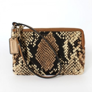 กระเป๋าคล้องแขน COACH 51618 LINAT MADISON L-ZIP PYTHON FABRIC SMALL WRISTLET LIGHT GOLD/NATURAL