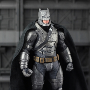 DC Batman v Superman: Dawn of Justice : Batman Figure