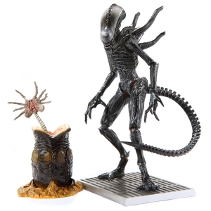 Aliens Colonial Marines Xenomorph Lurker 1:18 Scale Action Figure (ของแท้)