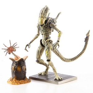 Aliens Colonial Marines Xenomorph Boiler 1:18 Scale Action Figure (ของแท้)
