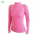 base layer ลาย shocking pink mini polka dot